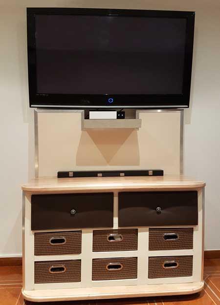 Fabriquer un meuble avec tiroirs - Fabriquer un meuble tv industriel ...